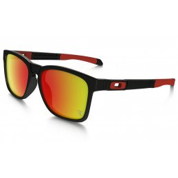 Lunettes Oakley Catalyst Ferrari Black Ruby Iridium oo9272-07